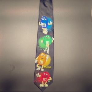 M&M Tie